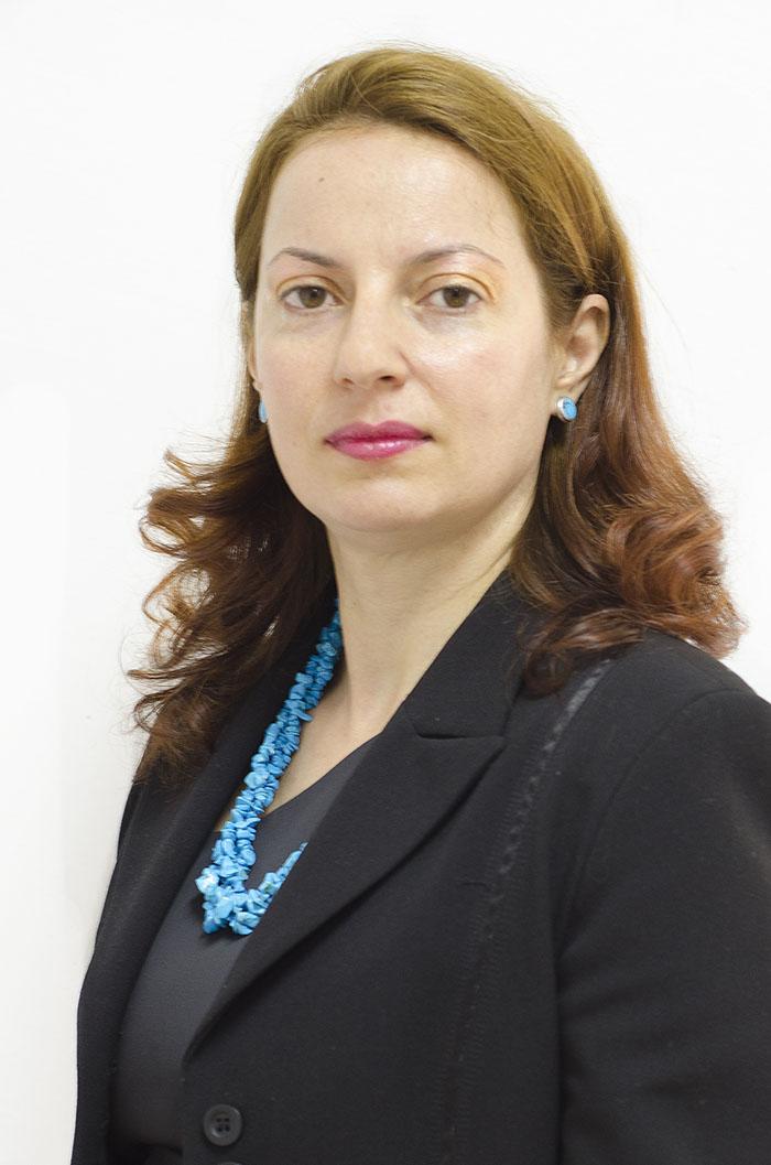 Dora Poshtákova